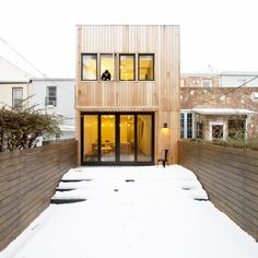 Brooklyn Row House 2 is a minimalist house located in New York, designed by Office of Architecture. The building is designed to oscillate easily between a two-family and one-family configuration, giving the owners the ability to gradually grow into and out of the house as needed. (1)