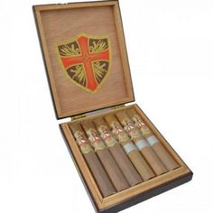Ave Maria Toro Cigar Sampler   spiritedgifts.com