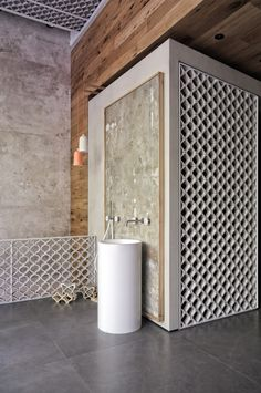 ARCHISEARCH.GR - PATIRIS' TILES & SANITARY WARE STORE / BLOCK722 ARCHITECTS+ / PHOTOGRAPHY BY IOANNA ROUFOPOULOU