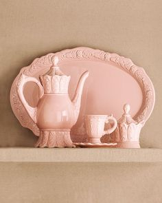 Ana Rosa - China tea set in pink.