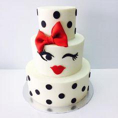 Diva Birthday Cakes, Cupcake Birthday Cake, Birthday Cake Girls, Cupcakes, Cupcake Cakes, Spa Party Cakes, Fashionista Cake, Diva Cakes, Bubble Cake