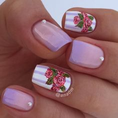 Ombré with vintage flowers  #nails2inspire #craftyfingers #nails #nailsart #nailsdone #nailslove #nailsofinstagram #freehand