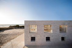 house infinite by Alberto Campo Baeza