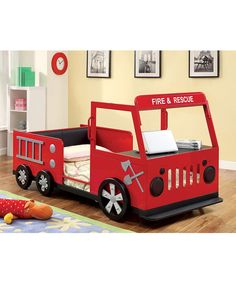 8 Unique Furniture Designs | Firetruck and Toddler bed
