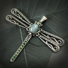 Wire wrapped dragon fly, really creative, by Pracownia Amareno