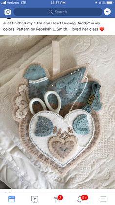 Felt Embroidery, Felt Applique, Felt Patterns, Bird Patterns, Sewing Crafts, Sewing Projects, Wool Art, Felt Birds, Needle Case