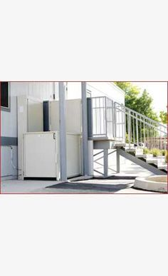 Unenclosed Wheelchair Lift   Commercial and Residential   877.568.5804