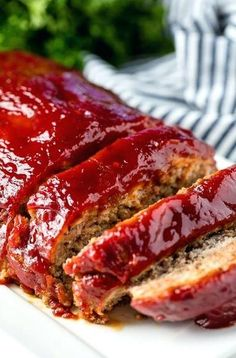 This Turkey Meatloaf recipe doesn't sacrifice any flavor. It's easy to make and is topped off with the most delicious glaze! Your family will love this heart healthy version of a classic American dinner. Easy Healthy Meatloaf Recipe, Meatloaf Recipes, Turkey Recipes, Beef Recipes, Cooking Recipes, Healthy Recipes, Ground Turkey Meatloaf, Ground Beef, Easy Baked Pork Chops