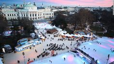 A pair of large rinks connected by small paths combine to create 6,000 square meters of skating in front of the Vienna City Hall. Austrian foods and drinks are available at booths scattered around the park that surrounds the rink.
