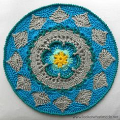 Sophie's Mandala - Part 2 {Medium} - Look At What I Made  (Free pattern)