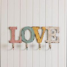 LOVE WALL HOOKS  - MULTI/ PASTEL Morgan & Finch