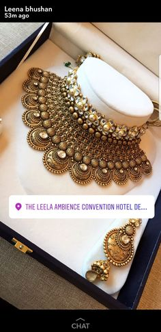 Antique Jewellery Designs, Fancy Jewellery, Gold Jewellery Design, Indian Jewelry Earrings, Jewelry Design Earrings, Choker, Ornaments, Nice, Accessories