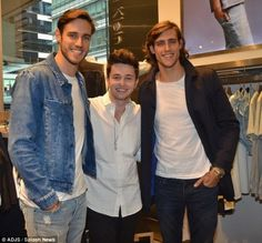 X Factor star Reece Mastin meets sexy Stenmark twins Zac and Jordan in Calvin Klein store after playing free spontaneous gig in Sydney's city… | Las Vegas NV Blog