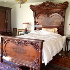 Antique Victorian Style Bed (lincoln) Full Size Plus Queen Conversion Kit Victorian Home Decor, Victorian Bedroom, Victorian Interiors, Victorian Furniture, Victorian Homes, Victorian Era, Bed Furniture, Furniture Styles, Rustic Furniture
