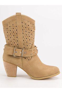 Nízke béžové čižmy Mazzoni Biker, Platform, Boots, Fashion, Crotch Boots, Moda, Fashion Styles, Shoe Boot, Heel