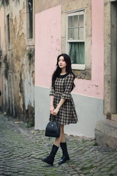 milkcocoa Girl Outfits, Casual Outfits, Fashion Outfits, Pretty Outfits, Cute Outfits, Korean Fashion, Chinese Fashion, Best Photo Poses, Drawing Clothes