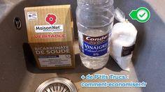 utilisez un mélange de bicarbonate, de sel et de vinaigre pour déboucher les canalisations