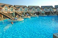 Long Beach Hotel és un dels hotels d'allotjament més luxosos que posseeix l'illa Maurici. Es tracta d'un lloc realment espectacular que donarà als seus allotjats totes les comoditats necessàries per a passar una estaria meravellosa.