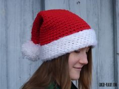 Chunky Santa Hat - Free Crochet Pattern at Ginger Peachy.