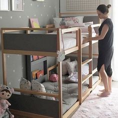 Turn a monotonous bed into a fun bunk bed - page 26 of 48 - Kinderzimmer Design - Toddler Bunk Beds, Bunk Beds Boys, Cool Bunk Beds, Kid Beds, Small Bunk Beds, Warm Bedroom, Bedroom Decor, Master Bedroom, Bedroom Bed