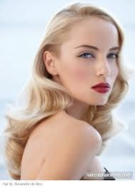 Old Hollywood Hair and Makeup, strong lip