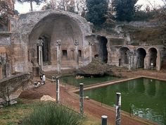 Hadrian's Villa - I will go back to see this!