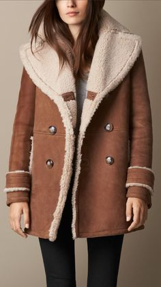 Manteau de coupe trapèze en shearling | Burberry                                                                                                                                                                                 Plus
