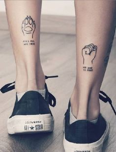 74 Tiny Unique Foot Tattoo Art Design For Woman To Try Your First Tattoo -, , Tattoos Piercings, Tiny Foot Tattoos, Little Tattoos, Dog Tattoos, Mini Tattoos, Body Art Tattoos, Tattoos For Guys, Lion Tattoo, Tattoo Art, Paint Tattoo