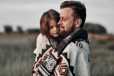 Father Daughter Pictures, Dad Daughter, Father And Son, Family Portrait Poses, Family Picture Poses, Family Photos, Family Potrait, Fathers Day Poems, Fathers Love