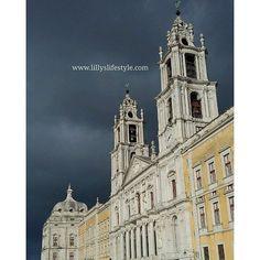 Il palazzo/convento di #Mafra #portogallo http://lillyslifestyle.com/2015/11/24/il-palazzoconvento-di-mafra-in-portogallo/ #pillolediportogallo #lillyslifestyle @visitportugal #pillolediportogallo #lillyslifestyle