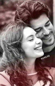 Romantic Love Couple, Romantic Couples, Cute Couples, Smoke Photography, Photography Poses, Couple Cartoon Pictures, Desenio Posters Prints, Beautiful Love Pictures, Turkish Beauty