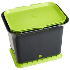 With this Fresh Air Kitchen Compost Collector Composting Bin you can say goodbye to garbagey smell. See ya later, fruit flies. Say hello to the Fresh Air compost collector. Unlike sealed containers, t Kitchen Compost Bin, Kitchen Waste, Natural Cleaning Solutions, Natural Cleaning Products, Composting Process, Composting Bins, Composting Toilet, Compost Bags, Fruit Flies