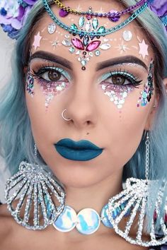 Karneval Schminkideen, Meerjungfrau, Meerjungfrau Make up, Meerjungfrau schm… - Halloween Costumes Halloween Makeup Looks, Halloween Make Up, Halloween Parties, Halloween Mermaid, Halloween Nails, Halloween Makeup Glitter, Halloween Face, Unicorn Halloween Costume, Halloween College