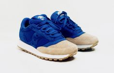 Saucony and Anteater Channel the Waves for Their