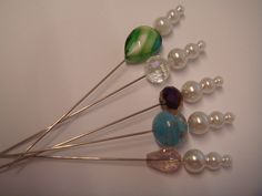7B a collection of 5 crystal and pearl hat pins for hats, corsage or crafts   £2.95
