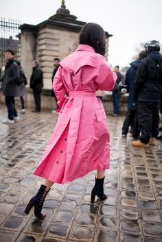 Tacchi a strillo: Pink Trench Coat!