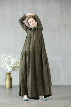 Women maxi dress 2020 maxi linen dress in sage green and white loose fitting dress - Abaya Fashion, Muslim Fashion, Fashion Dresses, Kaftan, Muslim Wedding Dresses, Muslim Dress, Dress Wedding, Trendy Dresses, Simple Dresses