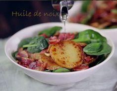 Salade tiède de pommes de terre, pancetta et pignons