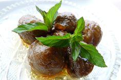 Nuts sweetness https://www.youtube.com/watch?v=We3oneBfAc8
