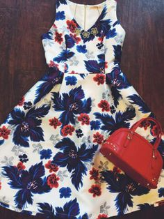 Party perfect floral frock... Say that five times fast #solastyle #loveyourstyle #atx #partydress #fashion #style #ootd