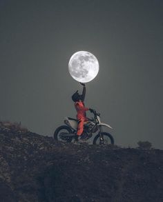 Photography - Moon - dirtbike - motocross - Motocross❤I love Cross - Motorrad Gp Moto, Moto Bike, Motocross Vintage, Motocross Maschinen, Image Moto, Motorcross Bike, Motocross Baby, Enduro Motorcycle, Motorcycle Camping