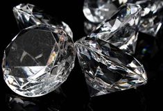 Large Acrylic Diamonds David Tutera Bridal Collection - 12pcs 1-1/2 inches in diameter, that's over a 60 carat diamond!. $14.99