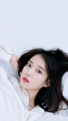 Korean Beauty Girls, Korean Girl, Asian Beauty, Korean Idols, Kpop Girl Groups, Kpop Girls, Iu Twitter, Iu Fashion, Korean Actresses
