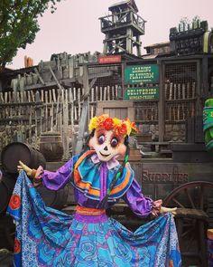 Disneyland Paris, Painting, Art, Art Background, Painting Art, Kunst, Paintings, Performing Arts, Painted Canvas