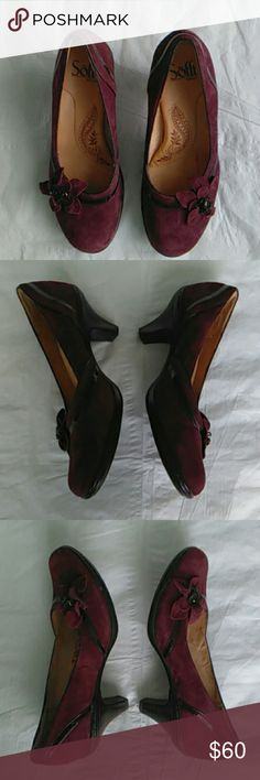 Sofft burgundy suede heel size 6W flower adornment Soft beautiful burgundy suede heels with flower adornment,patent leather trim, size 6W,seem to run small. GUC. One small scruff on right side of right shoe as in photo. 2 1/2 in heel. Sofft Shoes Heels