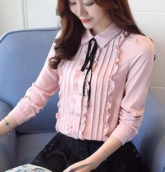 Women'S daily work blouse - solid colored shirt collar blushing pink l / spring / fall / floral Hijab Fashion, Korean Fashion, Fashion Dresses, Stylish Dress Designs, Stylish Dresses, Kurti Neck Designs, Blouse Designs, Myanmar Dress Design, Vetement Fashion