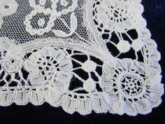 Set of 11 PRINCESS Brussels LACE Fine LINEN Napkins Antique c1900   Vintageblessings