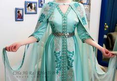 Modest Fashion, Hijab Fashion, Love Fashion, Fashion Dresses, Hijab Style Dress, Dress Outfits, Traditional Fashion, Traditional Dresses, Kurtha Designs