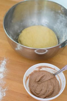 cinnamon rolls roulés cannelle recipe recette lifestyle autumn automne fall Beignets, Cinnamon Rolls, Biscuits, Pudding, Lifestyle, Desserts, Sugar Cake, Treats, Food