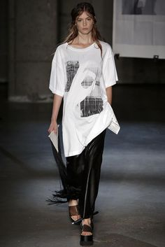MM6 Maison Martin Margiela Spring 2015 Ready-to-Wear - Collection - Gallery - Look 26 - Style.com